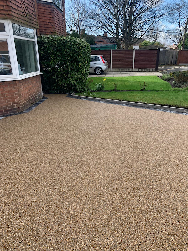 New resign bound driveway in Timperley